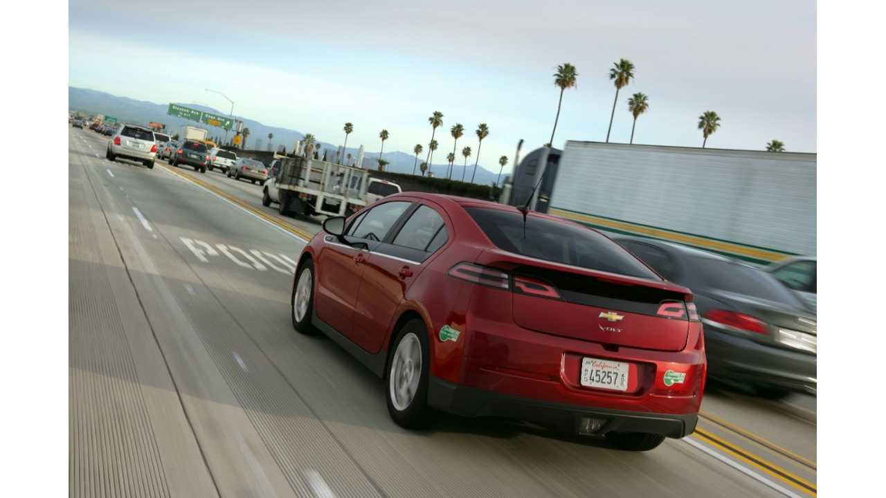 Chevy Volt Leads the Plug-In Charge Past 11,000