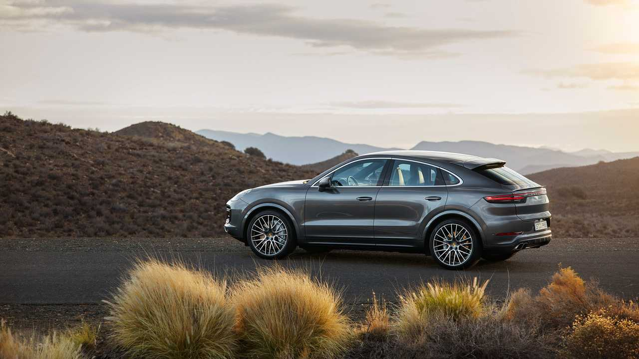 porsche cayenne coupe debuts as prettiest crossover coupe yet. Black Bedroom Furniture Sets. Home Design Ideas