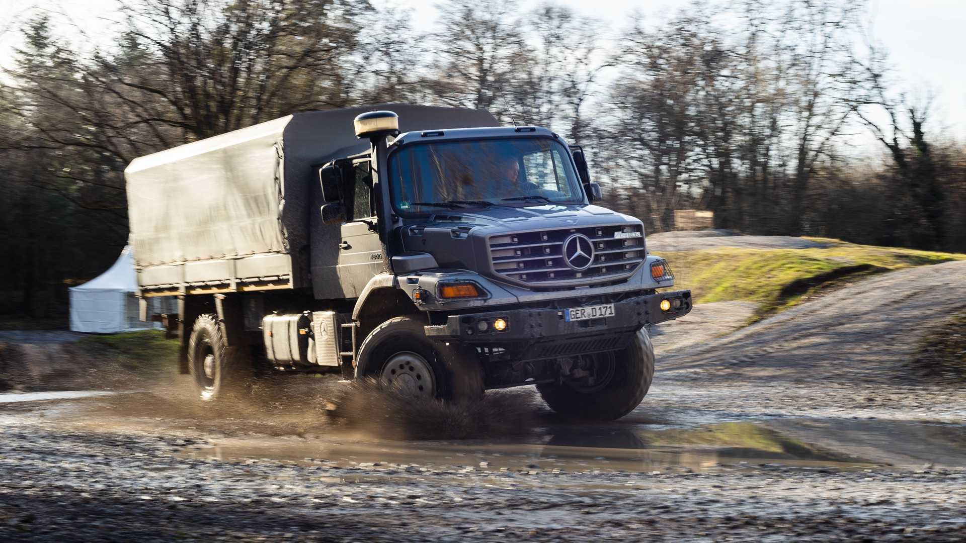 Mercedes Benz Unimog >> See The Mercedes Unimog Climb Extremely Steep Hill In Reverse
