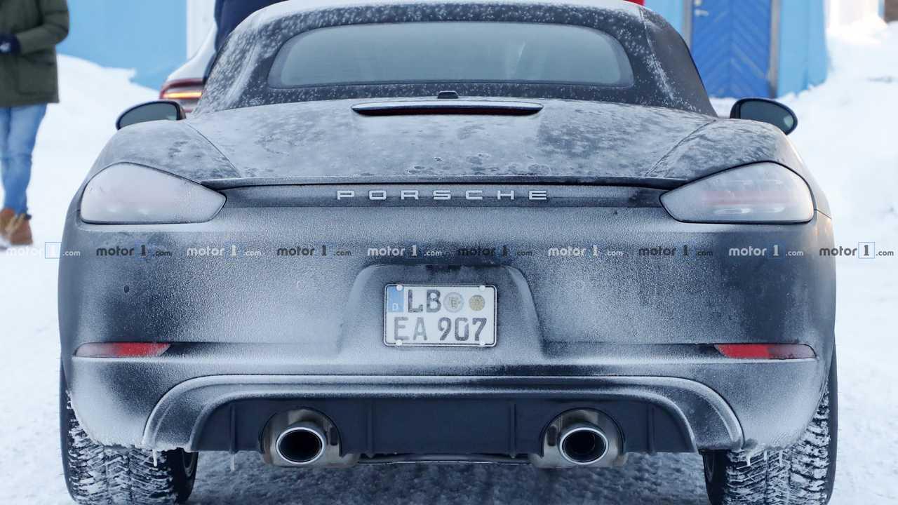 Porsche 718 Boxster a sei cilindri, le foto spia