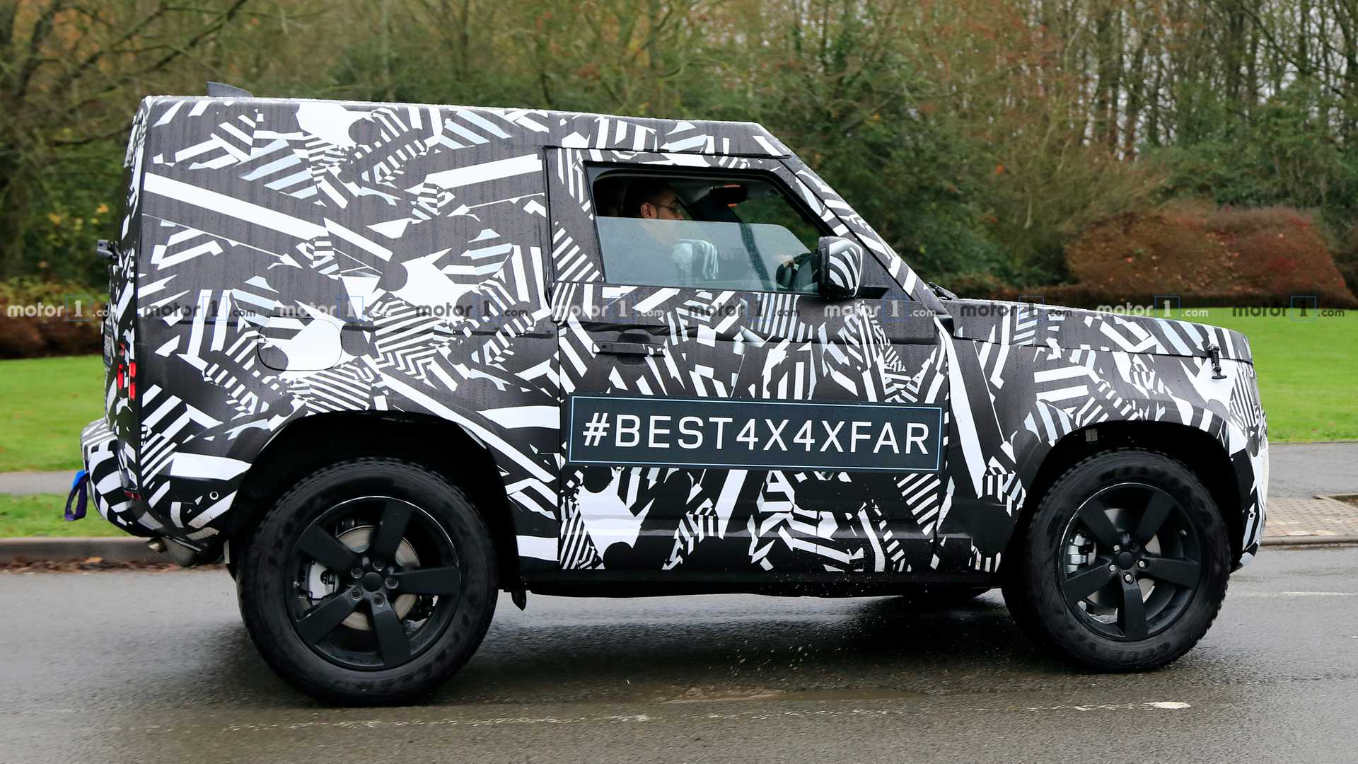 new land rover defender spied again, this time in swb 90 trim