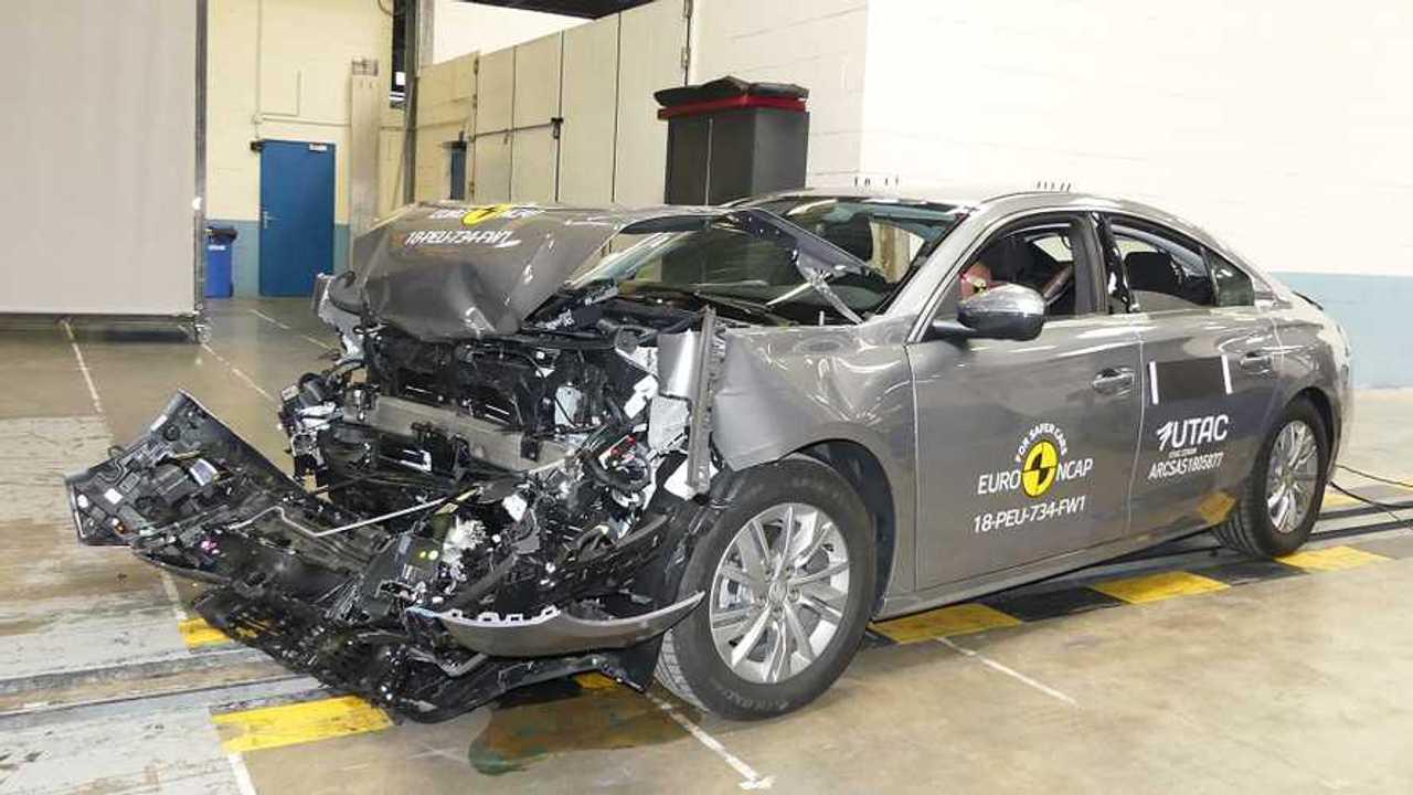 Peugeot 508 crash-test