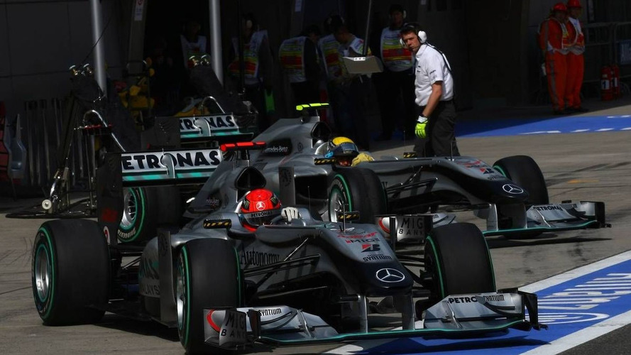 Both Mercedes cars used F-duct in qualifying