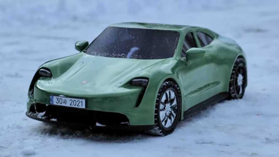 Watch This Guy Make A Porsche Taycan Using A 3D Pen