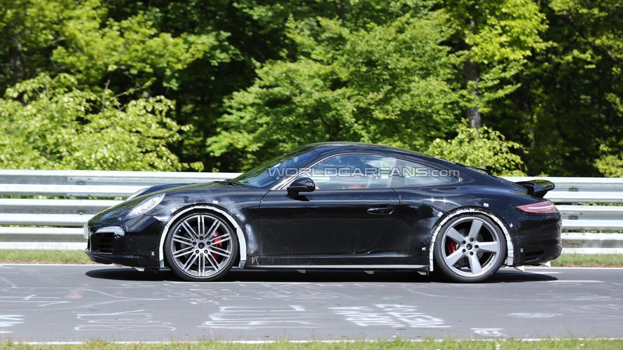 Porsche 911 GTS and 911 GTS Cabriolet spied testing at the Nurburgring