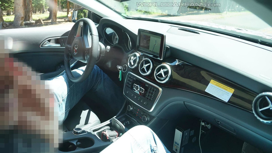 Latest 2014 Mercedes-Benz GLA spy photos show interior cabin