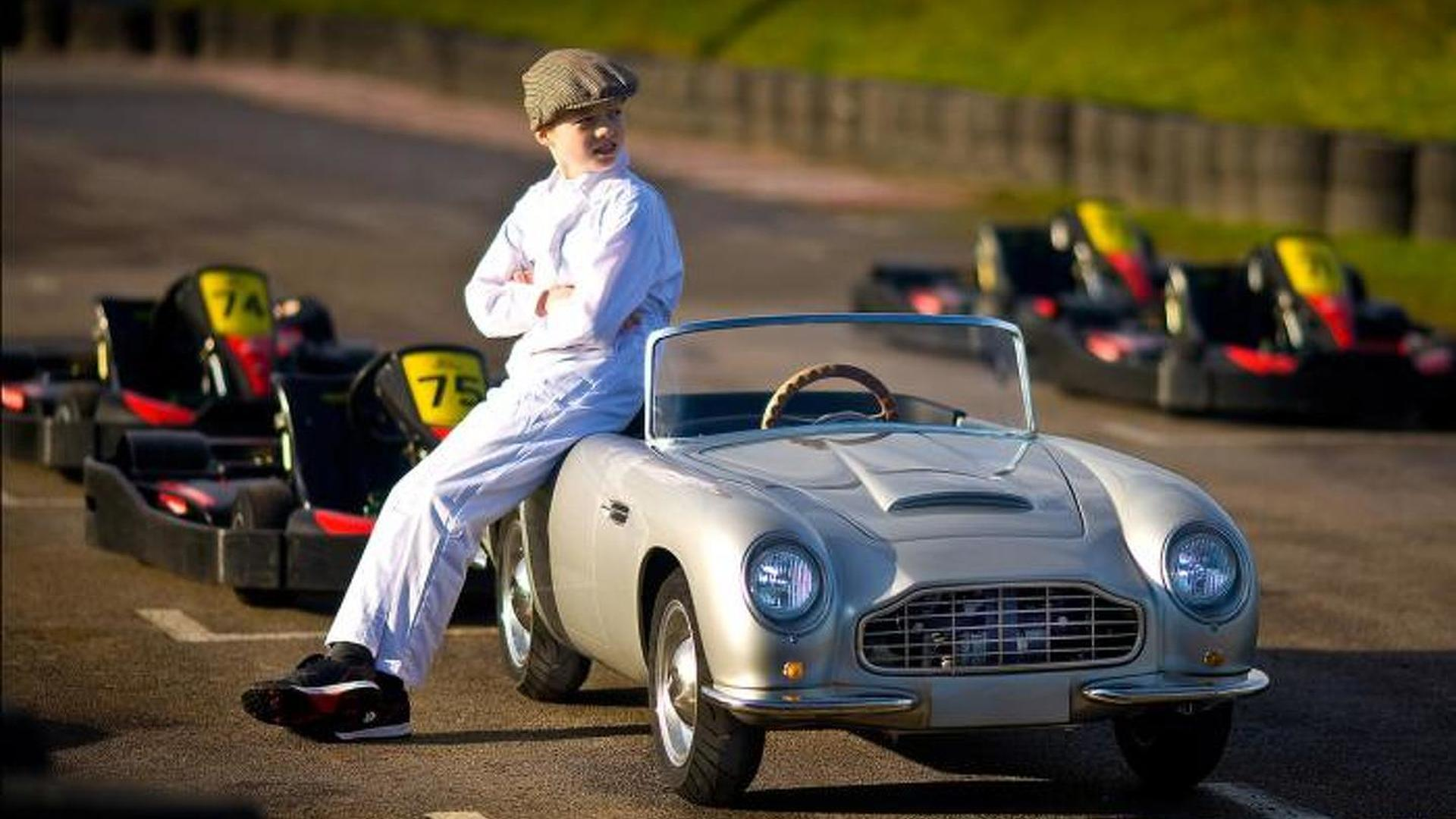 Aston Martin Db Convertible Junior Unveiled A 16 500 Gbp Toy Car That Can Do 46 Mph Video