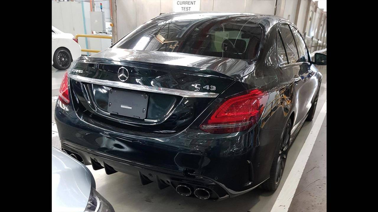 Mercedes-Benz C43 Spy Shots