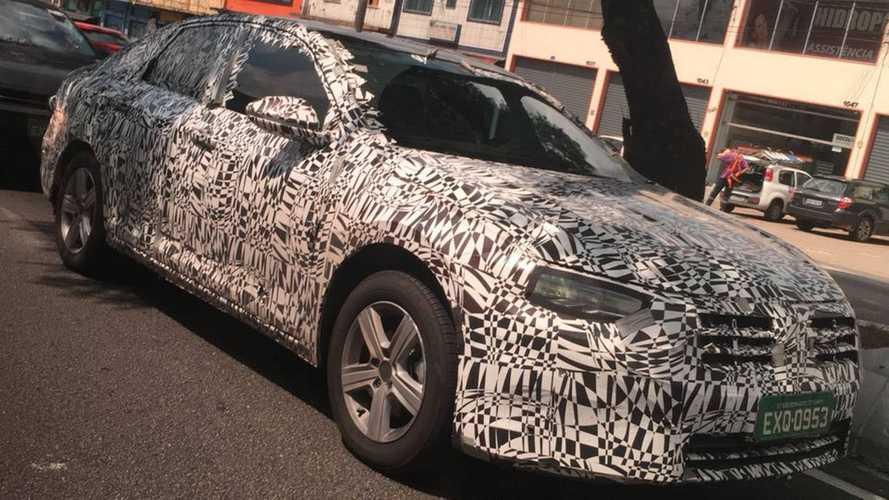 Flagra - Novo VW Jetta 2019 segue em testes no Brasil