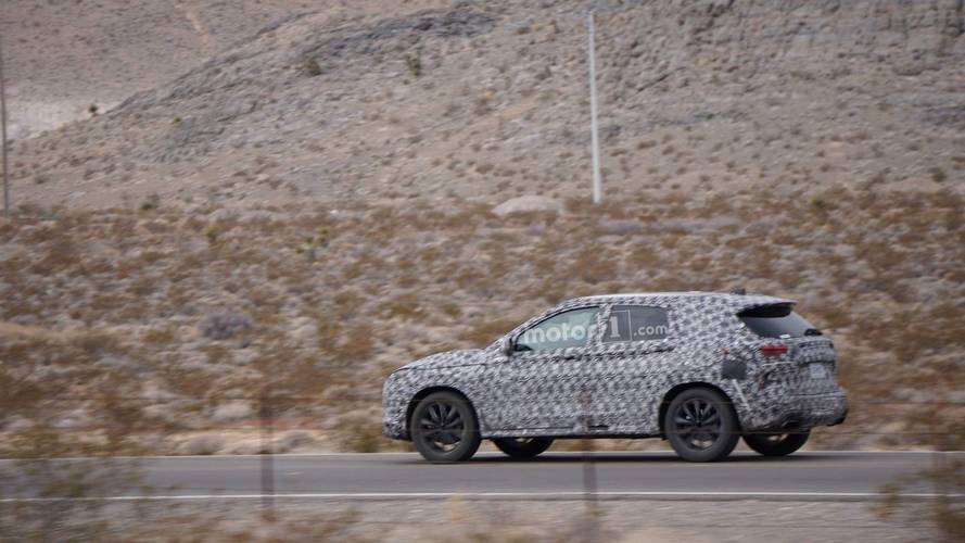 Motor1.com Reader Spies SUV In Desert, Could Be New Ford Escape
