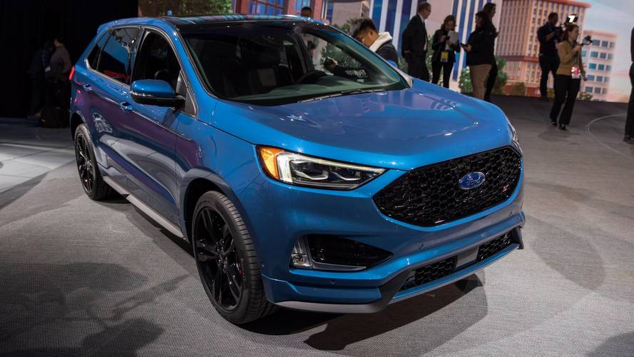 Ford Edge renovado chega ao México e é esperado no Brasil