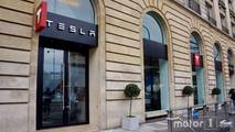 Showroom Tesla à Paris Madeleine