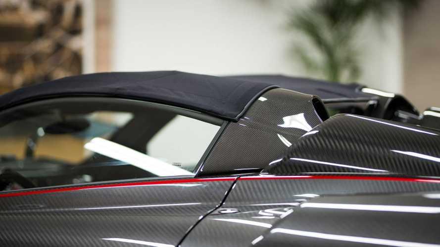 Origami Gibi Kumaş Tavana Sahip Pagani Huayra Roadster