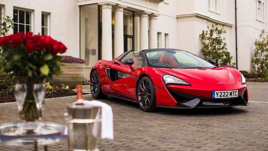 McLaren celebra San Valentino con una 570S Rossa