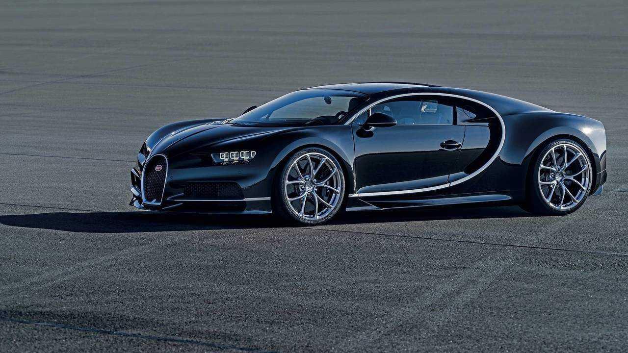 Bugatti Chiron - 261 mph