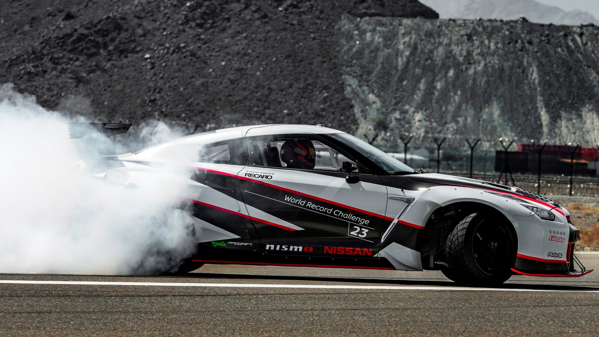 Nissan Gt R Nismo Sets Fastest Drift World Record