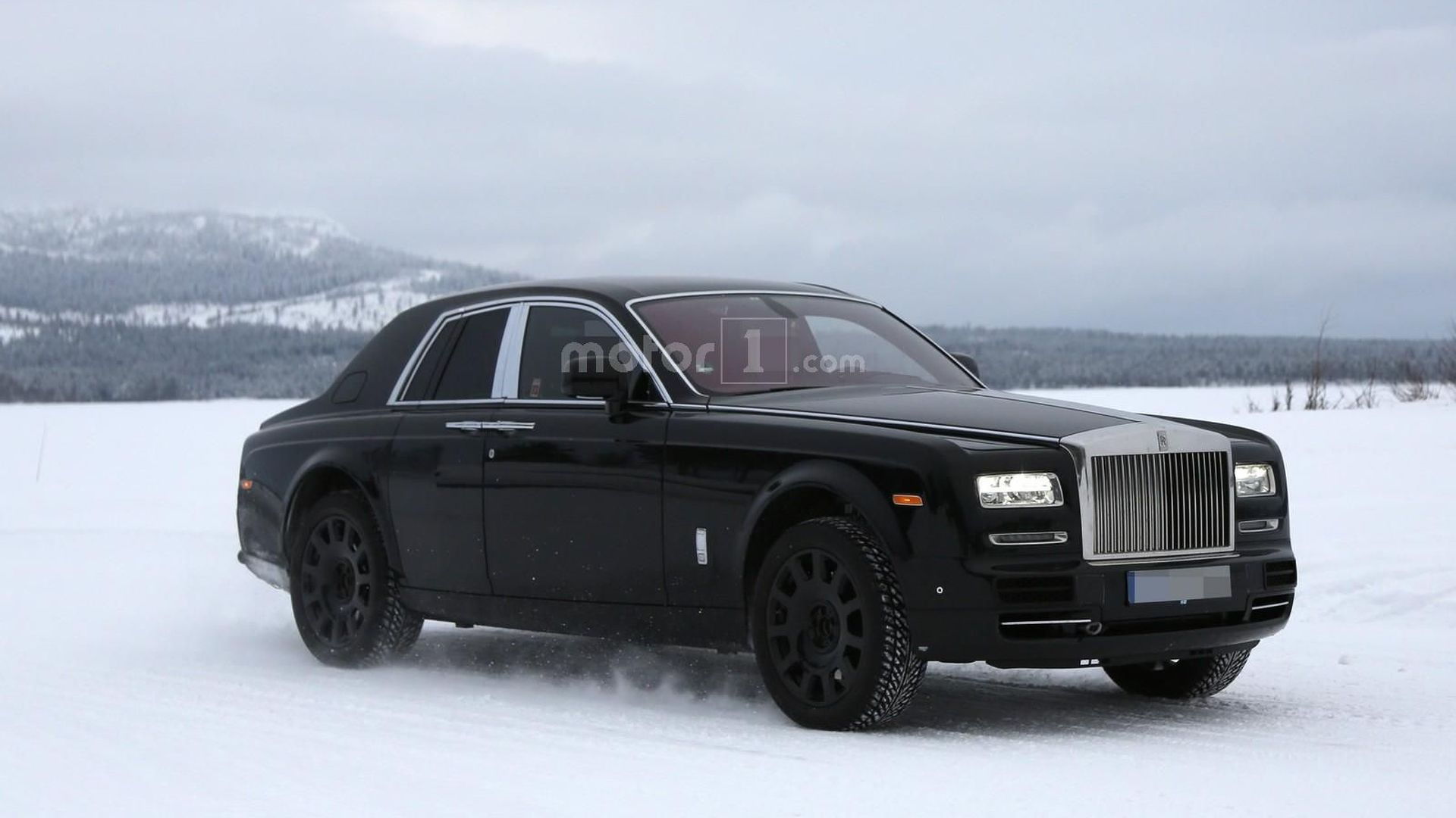 Picture of a rolls-royce truck