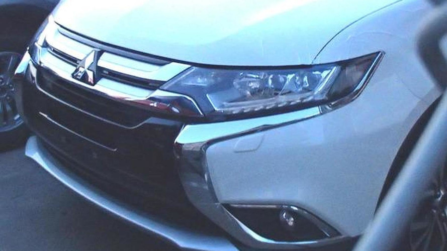 Mitsubishi Outlander facelift front end revealed in spy photo