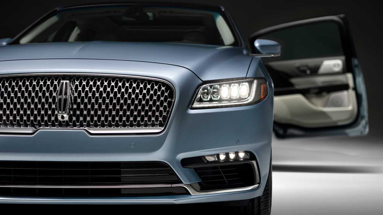 2020 Lincoln Continental Coach Door Versiyonu