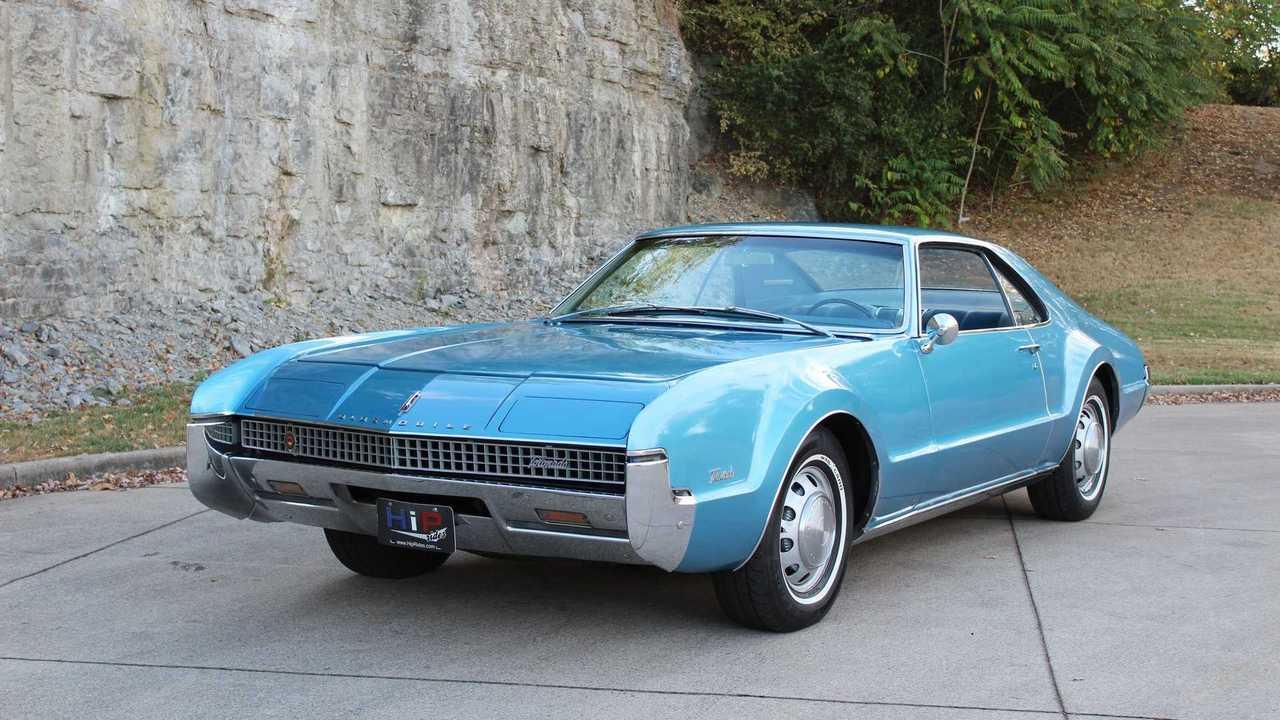 1966-67 Oldsmobile Toronado