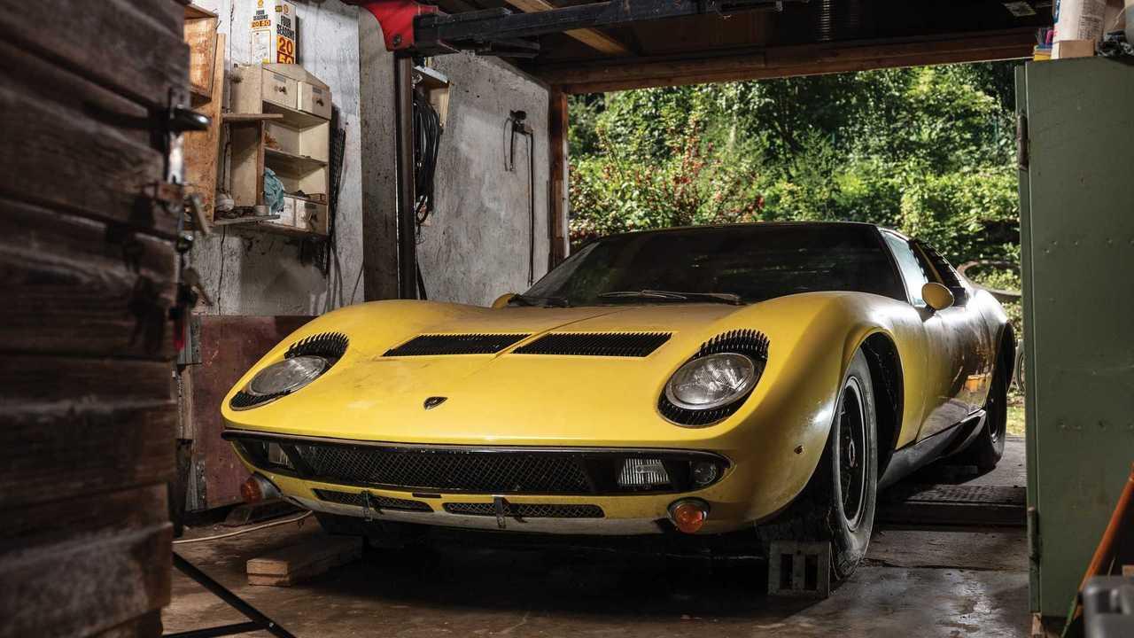 Lamborghini Miura P400 S by Bertone (1969)