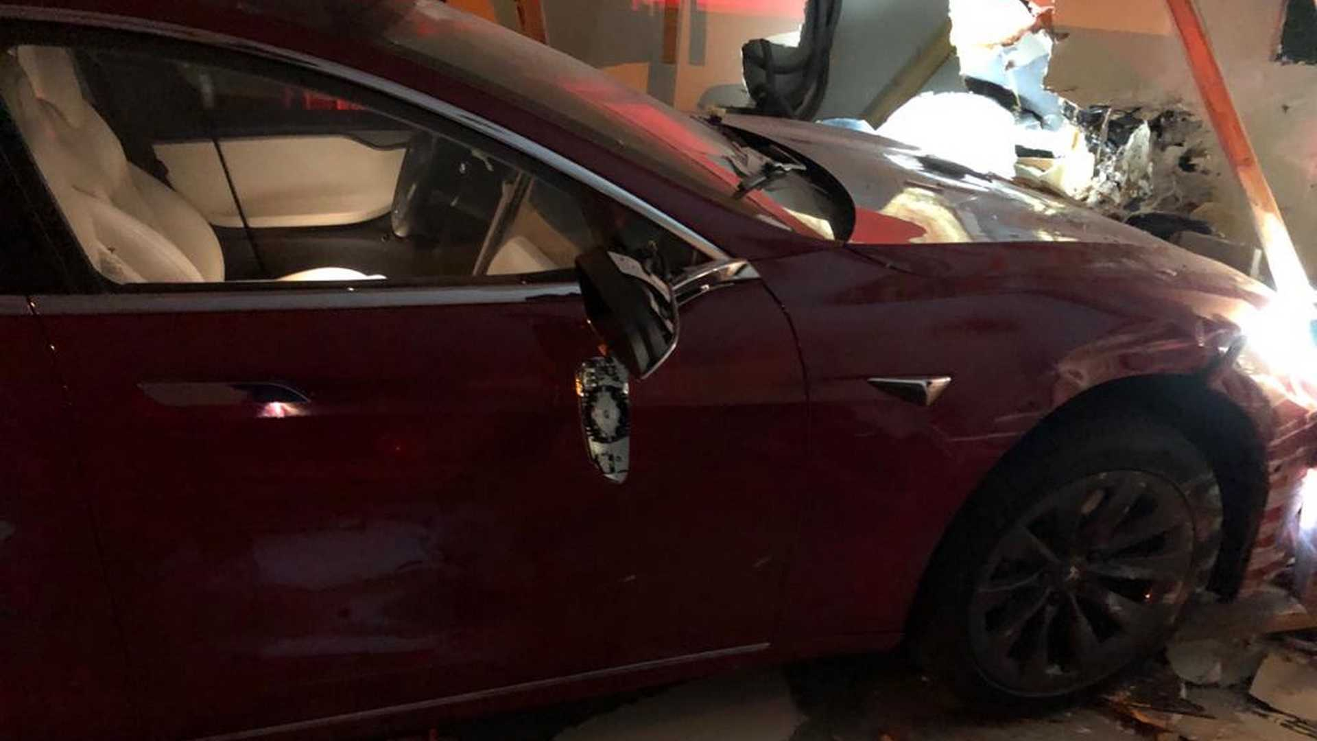 Is Tesla Being Investigated For Unintended Acceleration? No, Not Yet