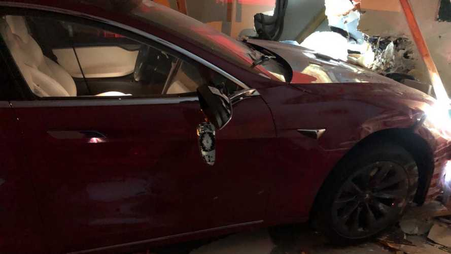 Tesla Model S Allegedly Drove Itself And Crashed Into Wrong Garage