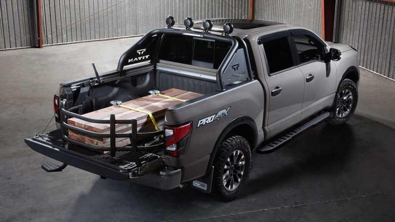 Nissan Titan with Genuine Nissan Accessories