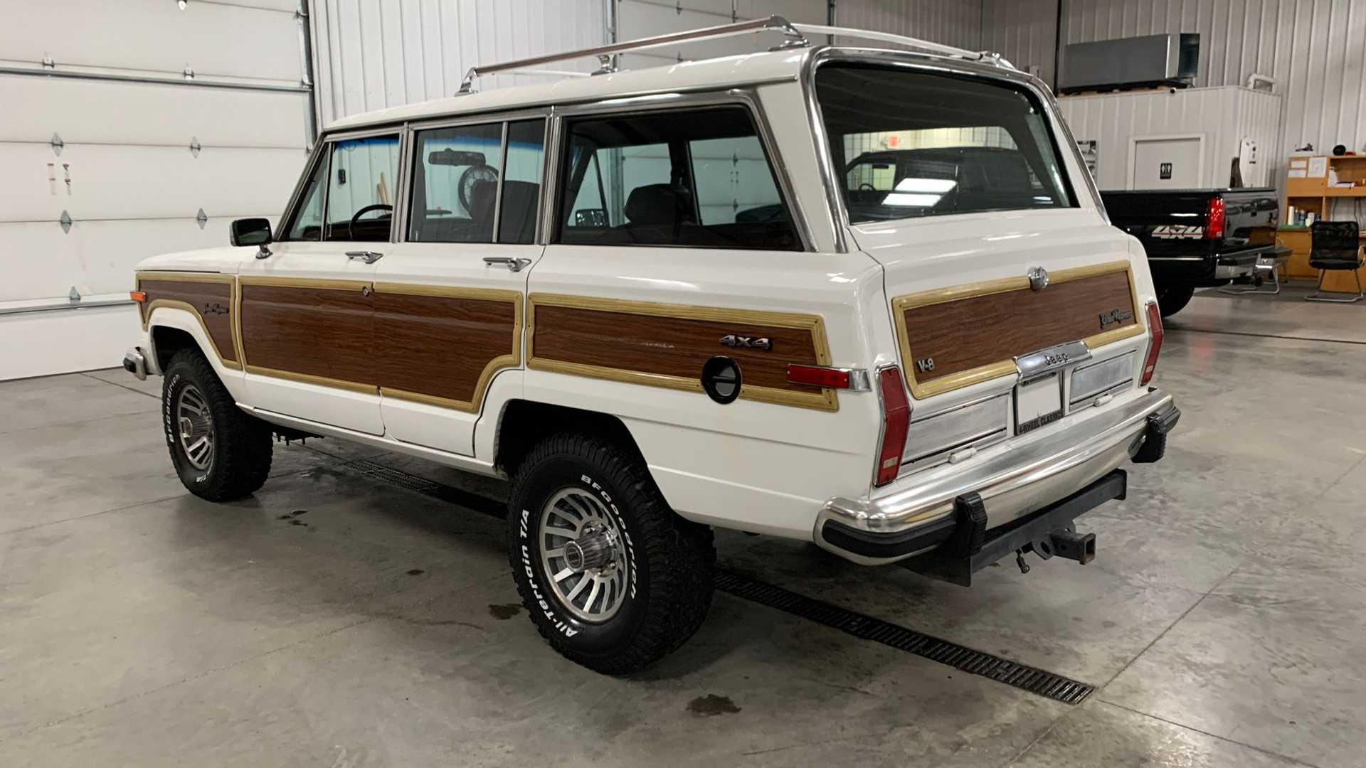 "[""Cruise Hard In A 1988 Jeep Grand Wagoneer""]"