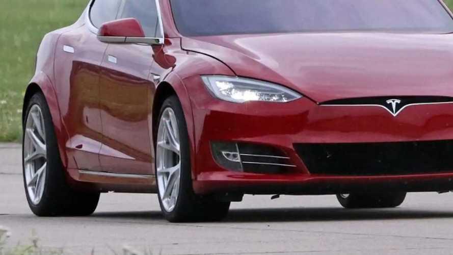 Tesla Model S P100D+ Plaid Fender Flares