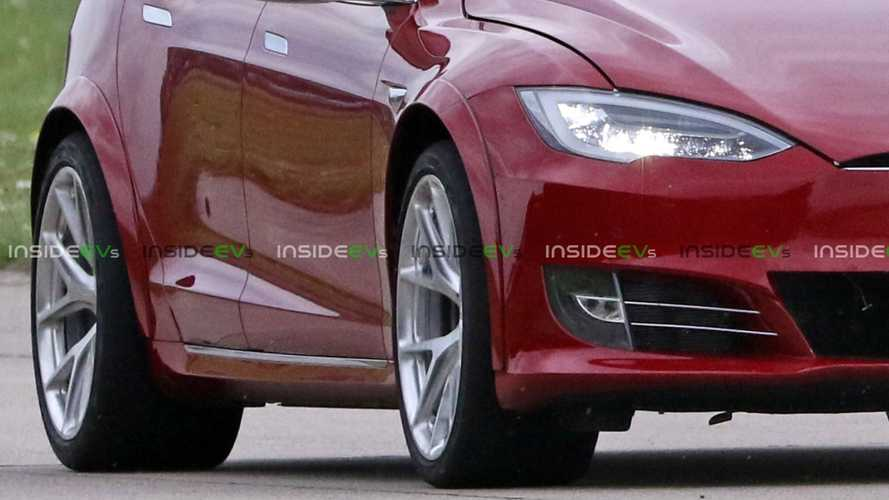 Dissecting Tesla Model S P100D+ Plaid: Tires Are As Big As Ambitions