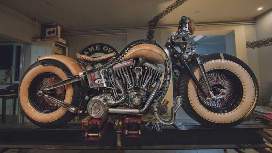 Game Over Cycles Harley-Davidson Softail Heritage: The Recidivist