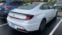 Hyundai Sonata Hybrid spotted in the metal
