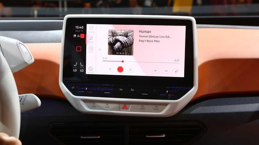 Volkswagen ID.3: primo aggiornamento in officina, ma poi via gli OTA