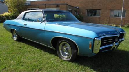 Turn the key in this 1969 chevy impala