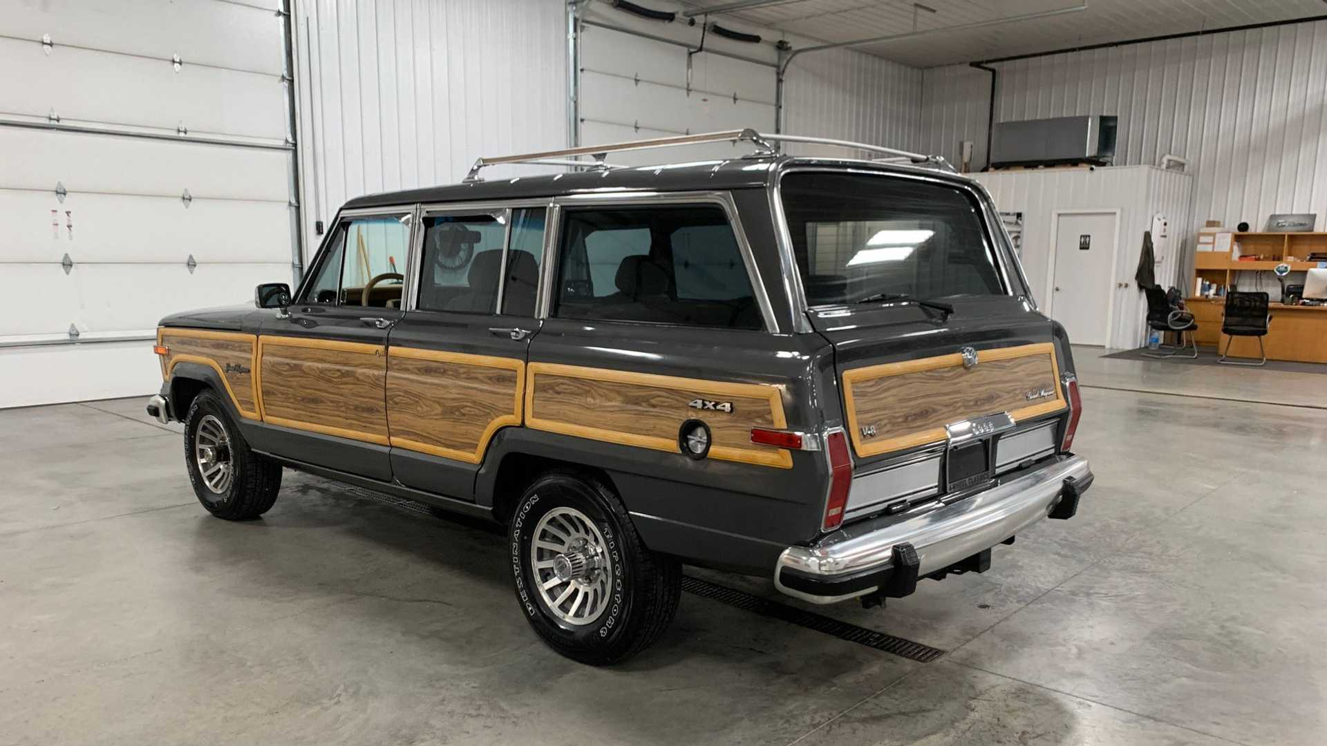 Wood You Buy This 1989 Jeep Grand Wagoneer For 25k Motorious