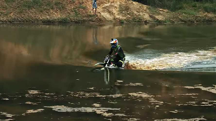Watch This Rider Take His Electric Dirtbike Underwater