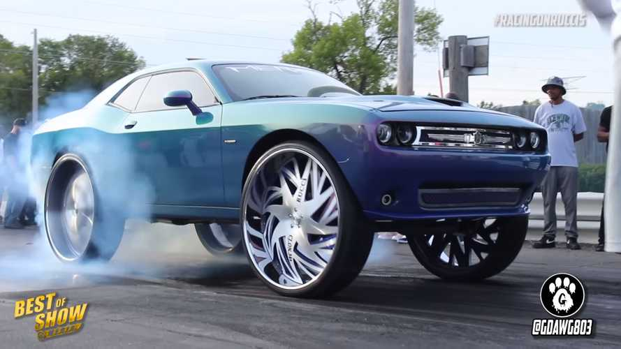 [UPDATE] Dodge Challenger On 34-Inch Wheels Is An Opulent Muscle Car