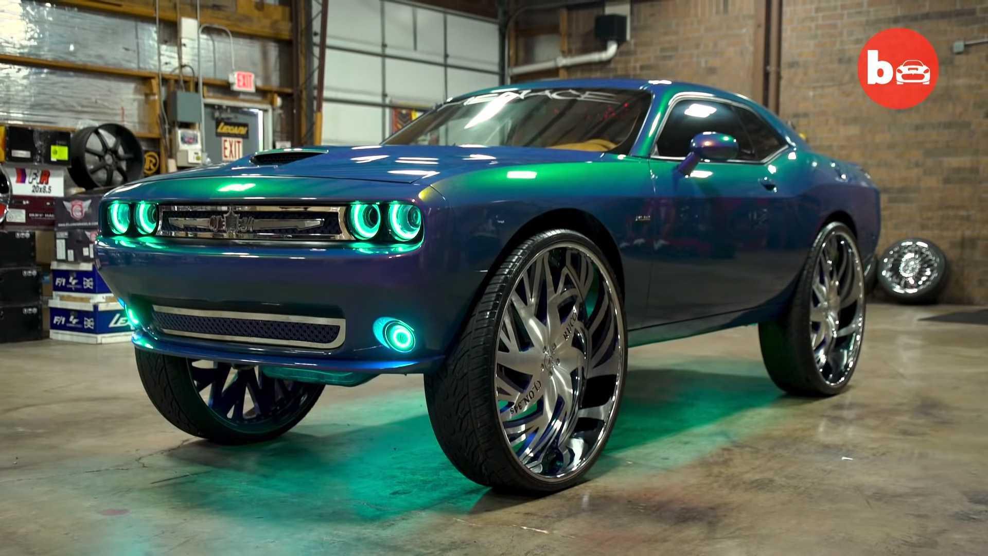 2017 Dodge Barracuda >> Update Dodge Challenger On 34 Inch Wheels Is An Opulent