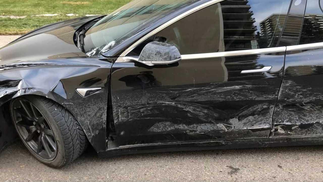 tesla model 3 crash damage