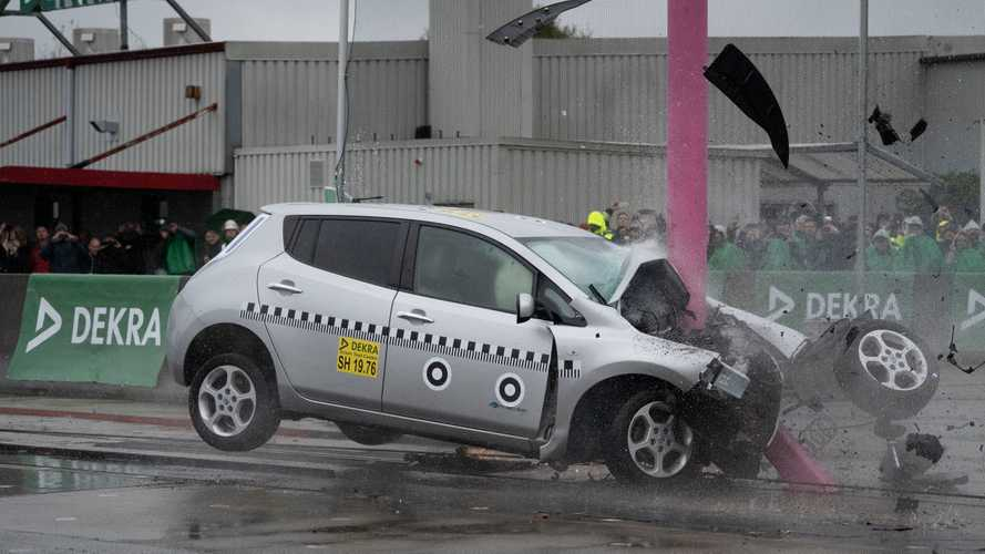 Nissan LEAF 2012: crash test de DEKRA