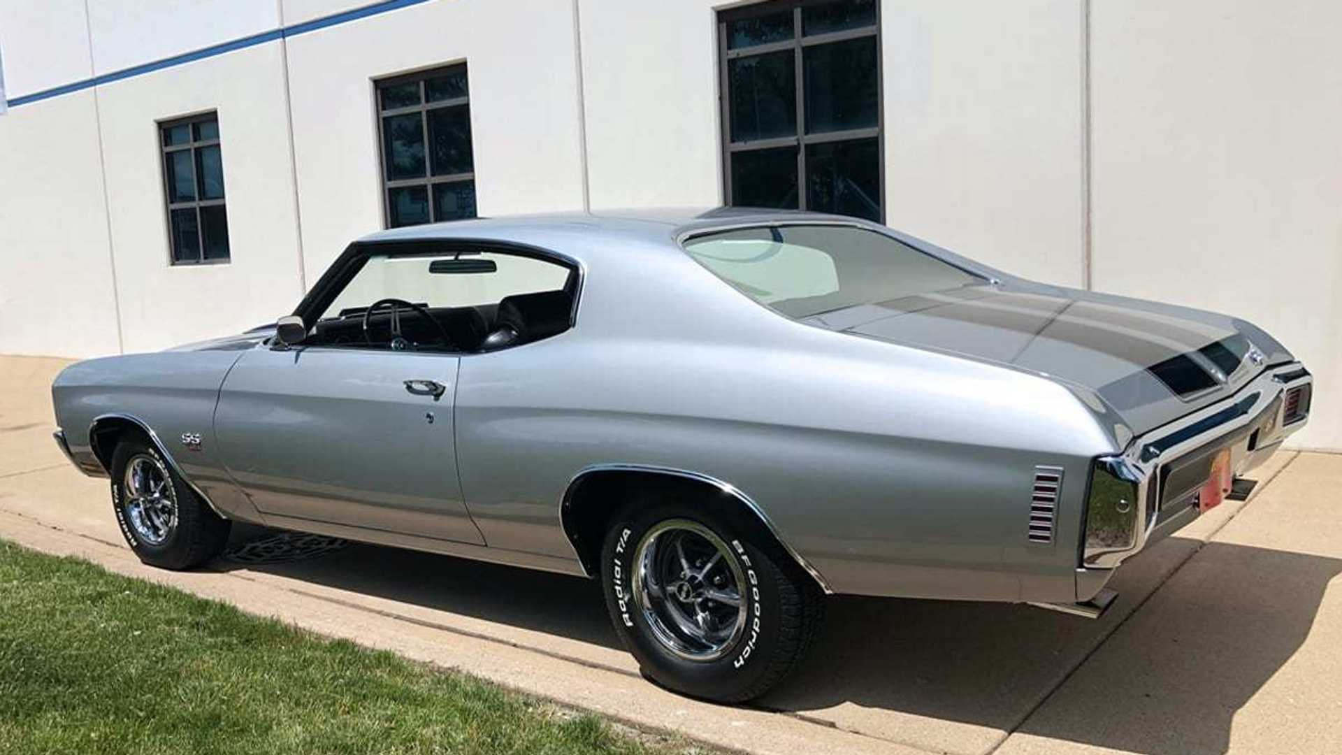 """[""""Roast Rubber In This Potent 1970 Chevy Chevelle SS LS6""""]"""