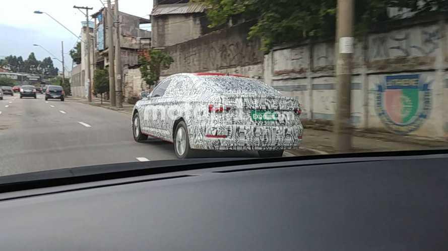 Novo VW Jetta: teste no Brasil e informes da versão 2.0 turbo
