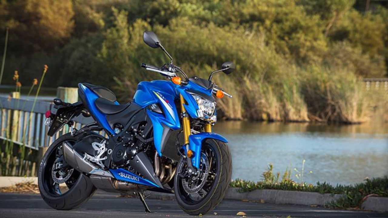RideApart Review: 2016 Suzuki GSX-S1000