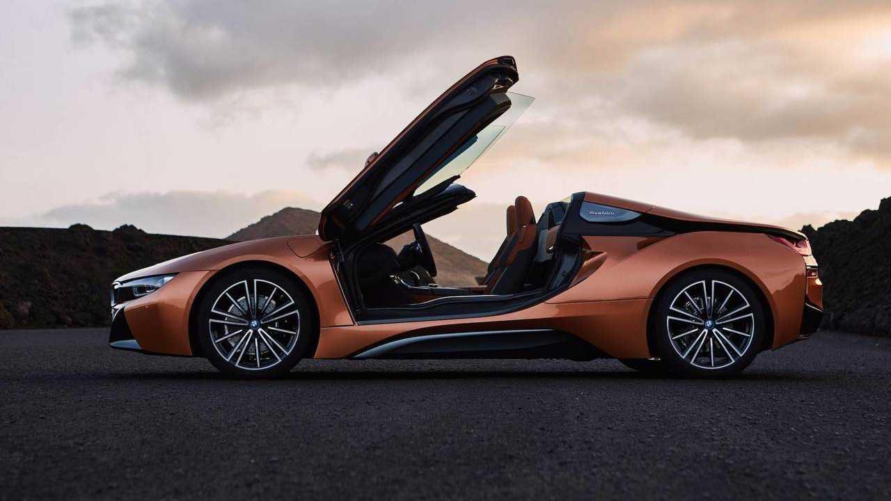 8 (Tie). BMW i8 Roadster