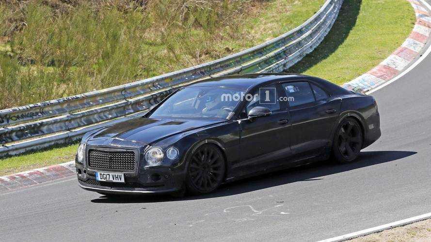 VIDÉO - La nouvelle Bentley Flying Spur sur le circuit du Nürburgring