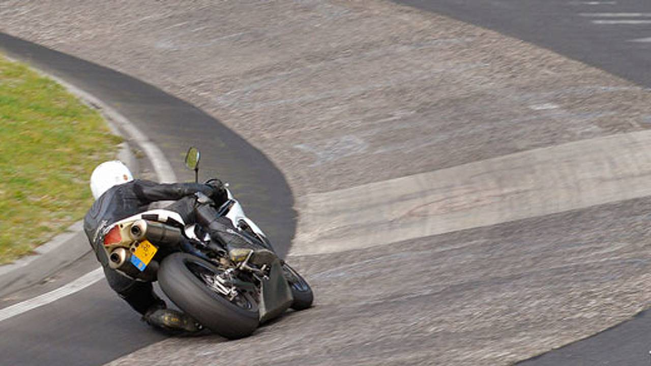 Crashed 2005 R1 sets new Ring record