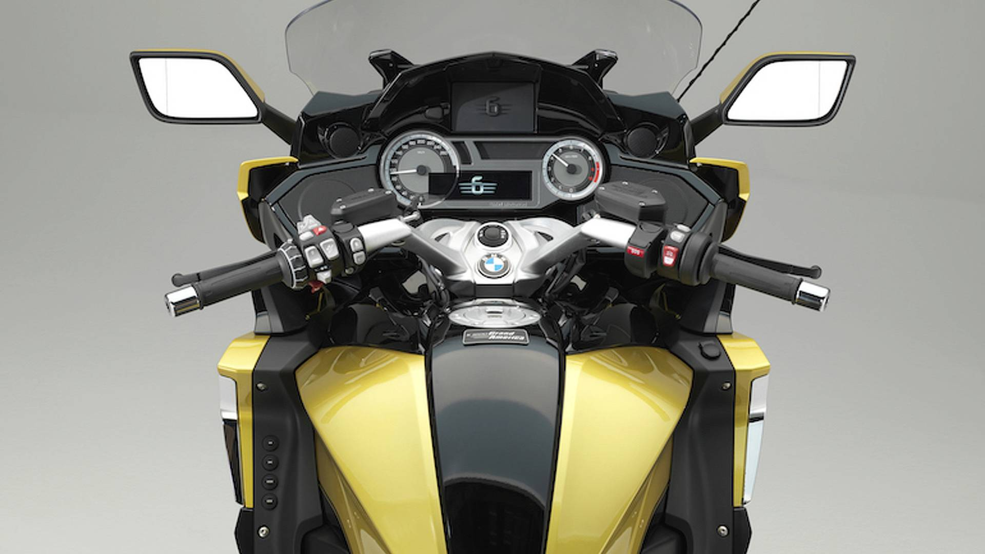 The Gold Wing Killer? BMW Introduces K 1600 Grand America