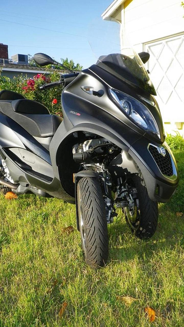Piaggio MP3 500 ABS Road Test — Spring Fling with a Big