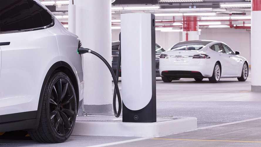 Tesla'nın güncellenen elektrikli şarj ağında Türkiye de var